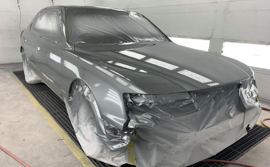 Lexus LS-400 Mid Restoration Front Right View